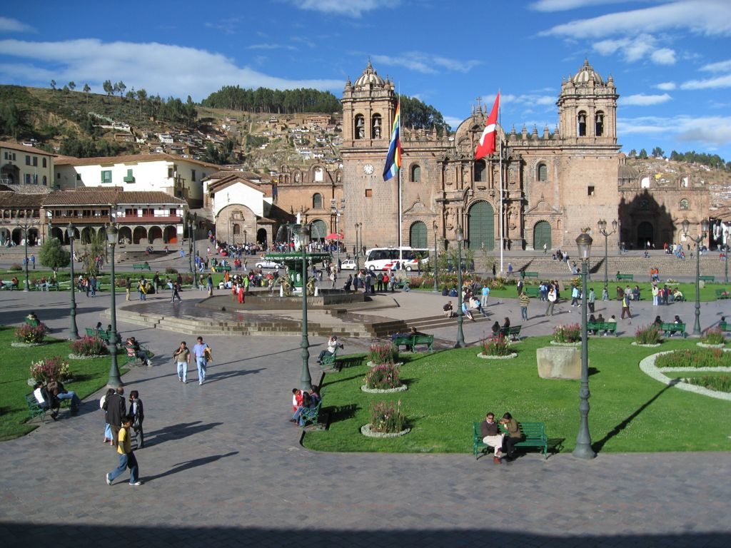 plaza-armas-city-tours-cusco